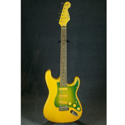 Электрогитара с логотипом Fender, подержанная CHINA REPLICA Fender Stratocaster Replica Green Pickguard